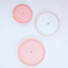Wooden wall clock S